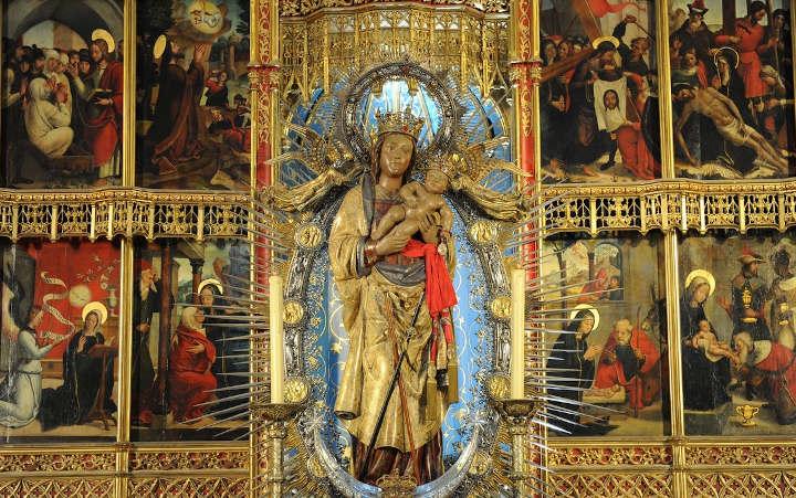 Altar de la Almudena