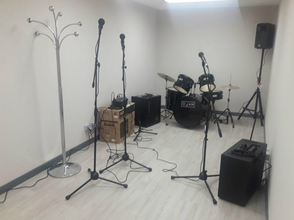 a688ff277501 Todos los grupos de música que necesiten un lugar para dar rienda suelta a  su creatividad musical ya disponen de un lugar ...