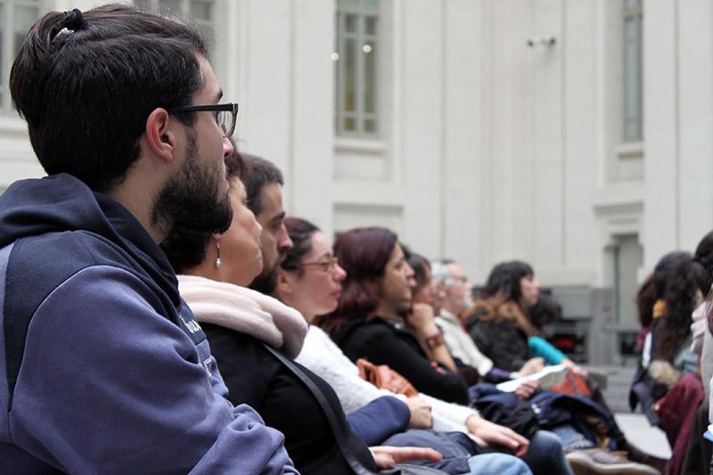 Asistentes a la jornada de formación de 800 colaboradores en las urnas de la votación ciudadana