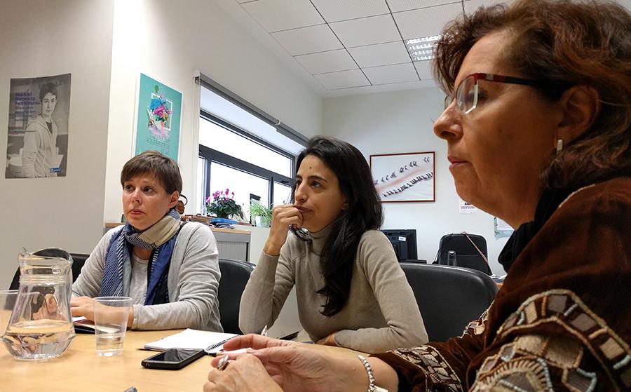 Integrantes de Madrid Cría junto a Ana Bañuelos.