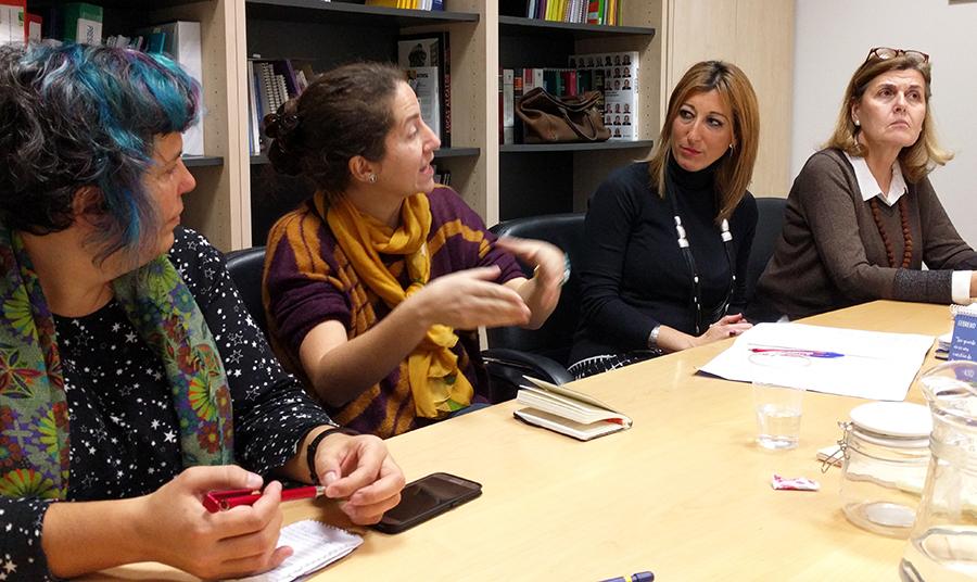 Un momento de la reunión con Madrid Cría en la Dirección General de Familia e Infancia.