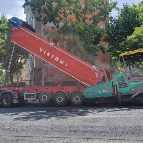 Labores de asfaltado en Rafael Finat, actualmente ya puesta a punto