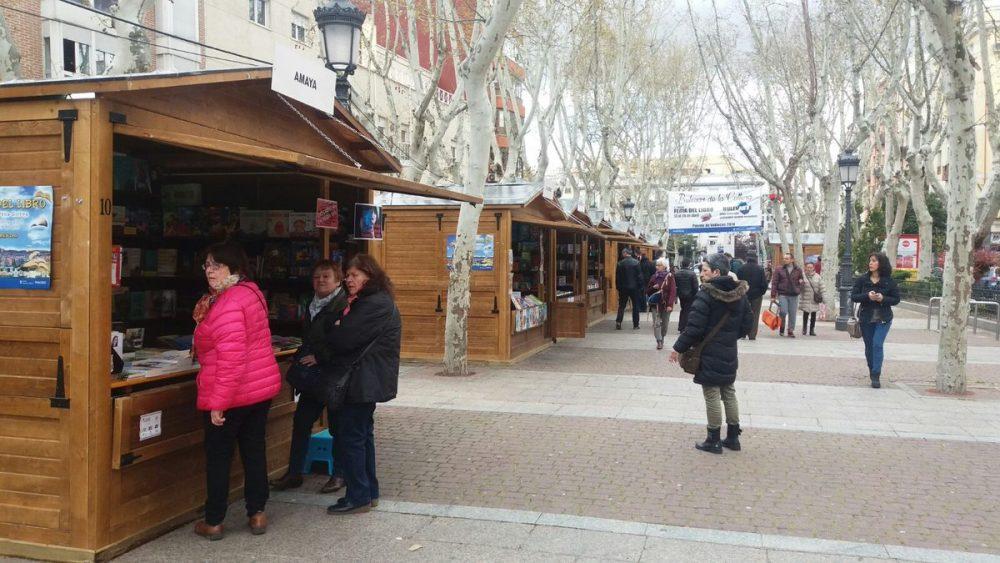 El Bulevar de Peña Gorbea núcleo de la actividad cultural en Puente de Vallecas