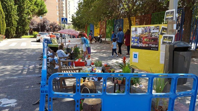 Jornada de Parking Day en el colegio Montserrat