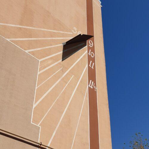 Detalle reloj calle Mirasierra