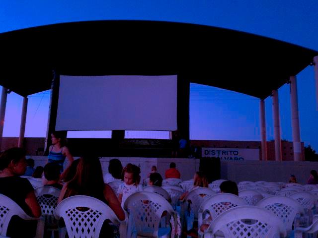 reciento ferial cine de verano vicálvaro