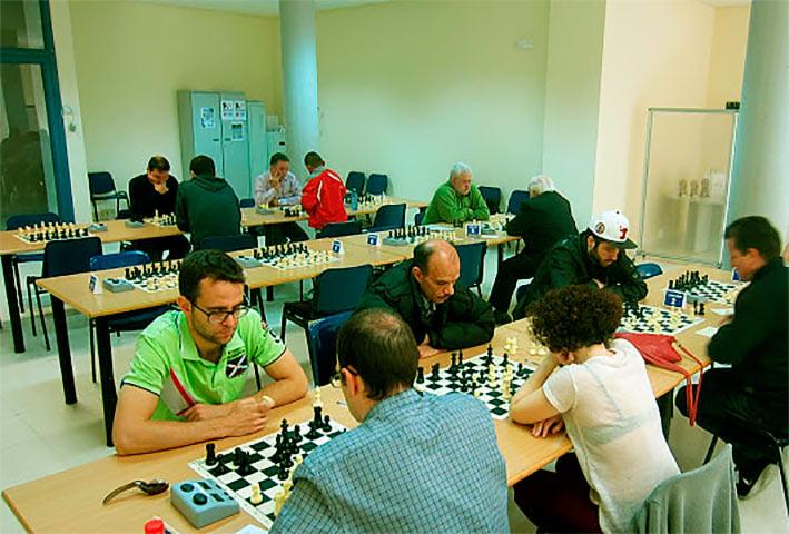 ajedrez en el Centro Cultural Valdebernardo