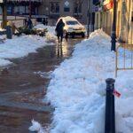 Limpieza de nieve en la sede de la Junta y el garaje y apertura de acceso