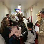 Los niños ingresados en el Infanta Leonor reciben a los Reyes Magos