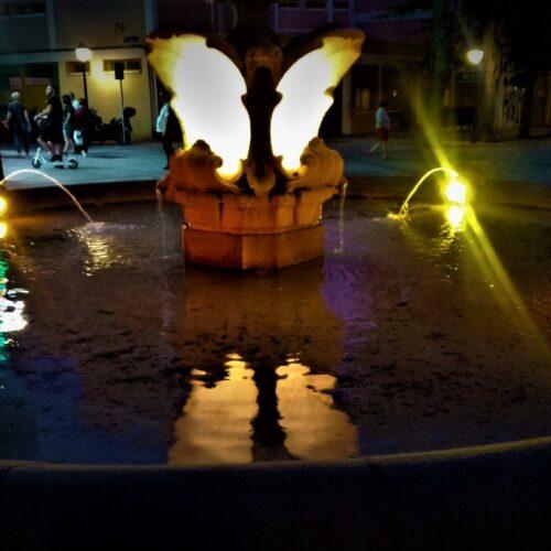 Fuentes iluminadas Semana del Orgullo