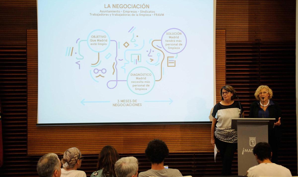 Inés Sabanés y Manuela Carmena presentando el Plan de Limpieza de Madrid