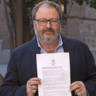 Javier Barbero, con el manifiesto sobre la sanidad universal