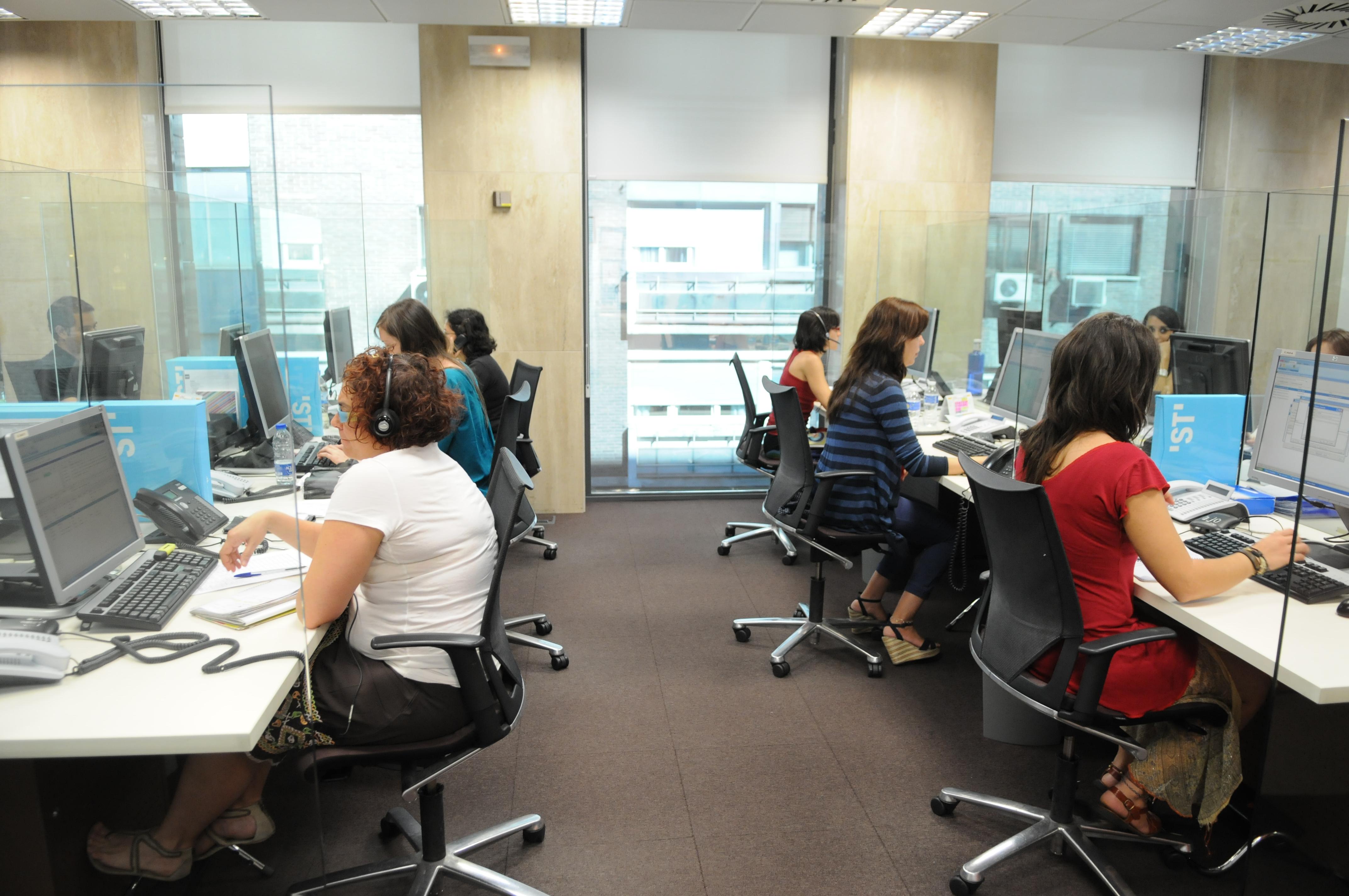 Equidad derechos sociales y empleo el rea con m s - Oficinas de atencion a la ciudadania linea madrid ...