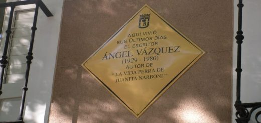 Placa a Ángel Vázquez