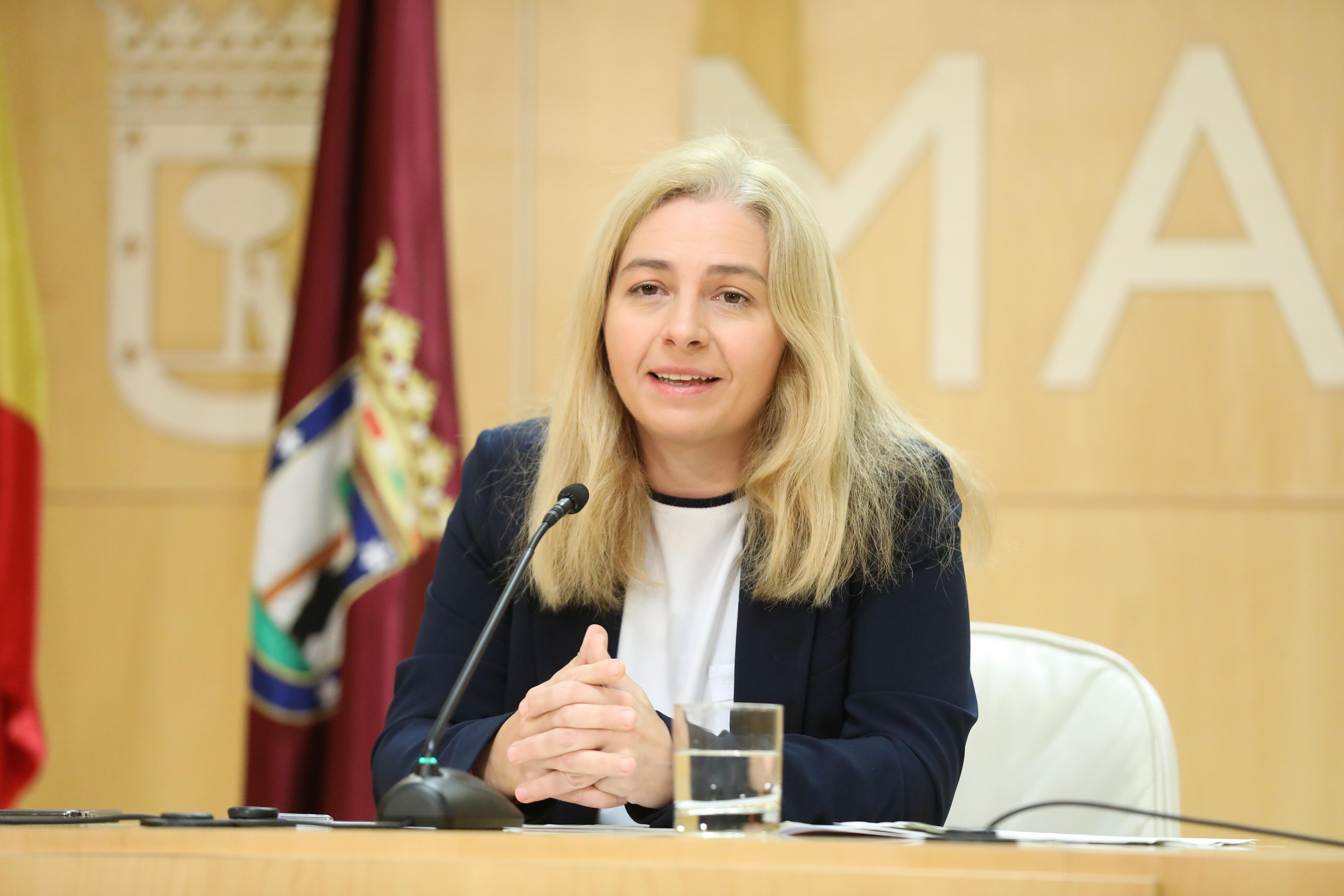 La portavoz municipal, Inmaculada Sanz, durante la rueda de prensa posterior a la Junta de Gobierno
