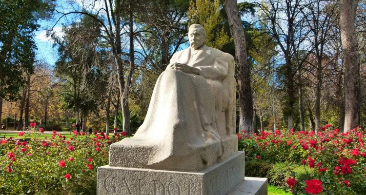 Estatua de Galdós en el Retiro