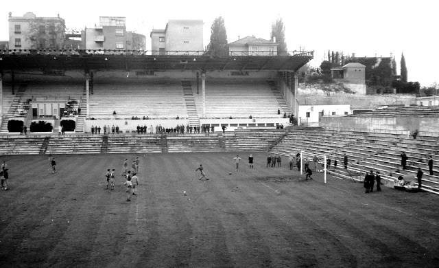 Tribuna del Estadio Metrolitano. Autor Florentino Moretón 1966