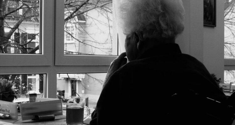 Mayores, programa contra la soledad no deseada