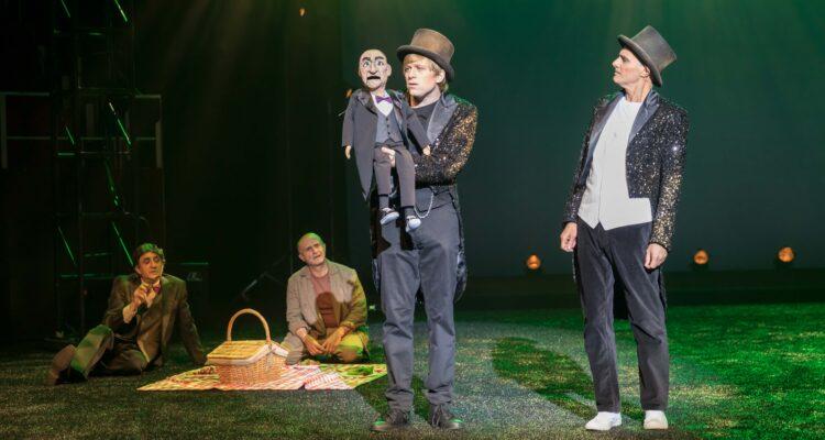 El Teatro Circo Price estrena 'Mil novecientos setenta sombreros' – Diario  del Ayuntamiento de Madrid