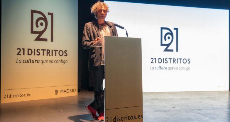 Adrián Sepiurca, director artístico de 21distritos