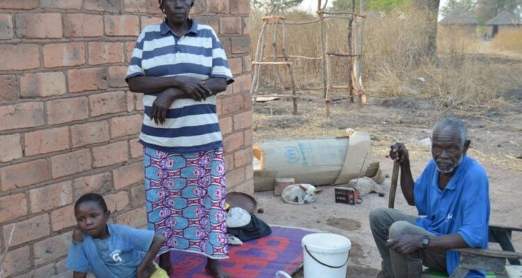 Familia de refugiados en Chad