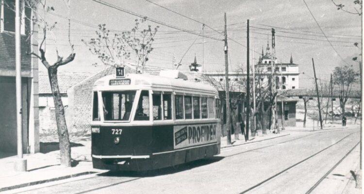 Foto de tranvía antiguo en Carabanchel (www.historias-matritenses.blogspot.com)