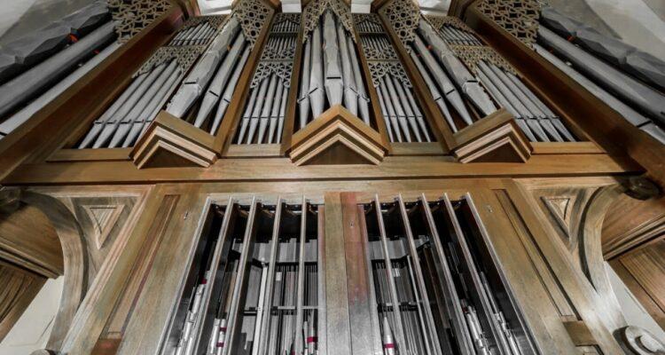 Órgano neobarroco de Santa María la Antigua, Vicálvaro