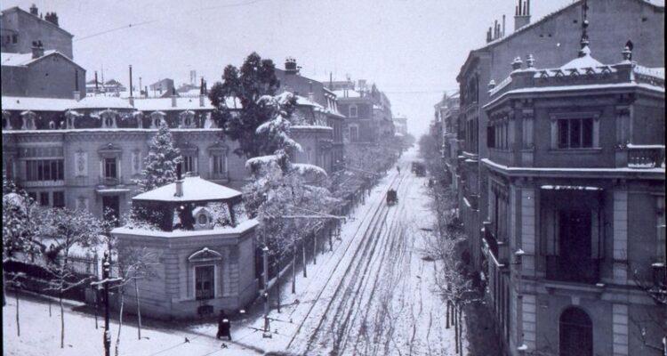 1900. Nevada Calle Zurbano en Memoriademadrid.es