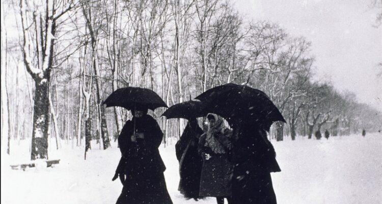 El Retiro un día de nevada en 1907. Memoriademadrid.es