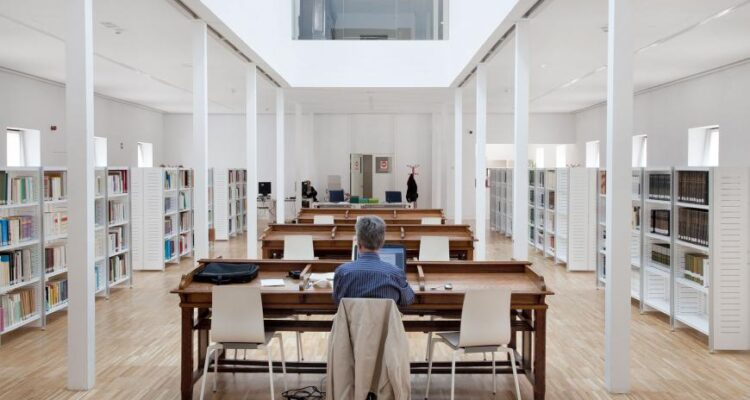 Sala de investigación del Archivo de Villa (Foto: Paco Gómez)