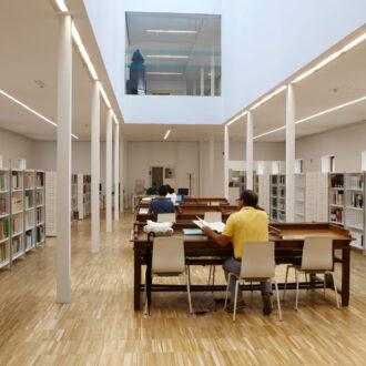 Sala de investigación del Archivo de Villa en Madrid
