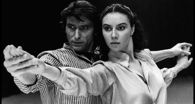 El mítico Antonio Gades y Laura del Sol en 'Carmen', dentro de la exposición 'Saura y la danza'