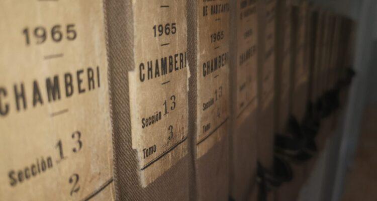 Estantería de padrones de 1965 del Archivo de Villa