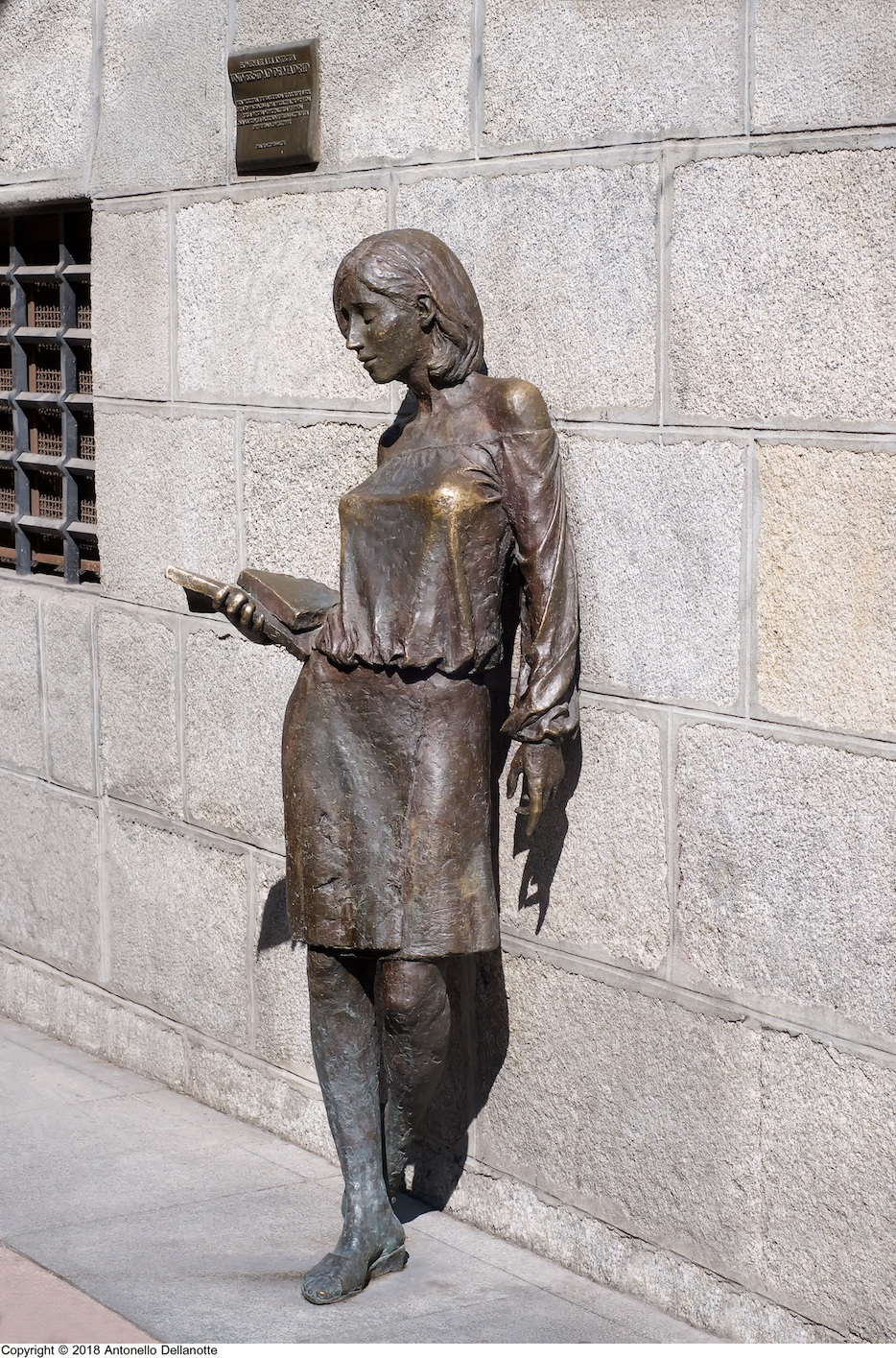 'Tras Julia', en la calle del Pez