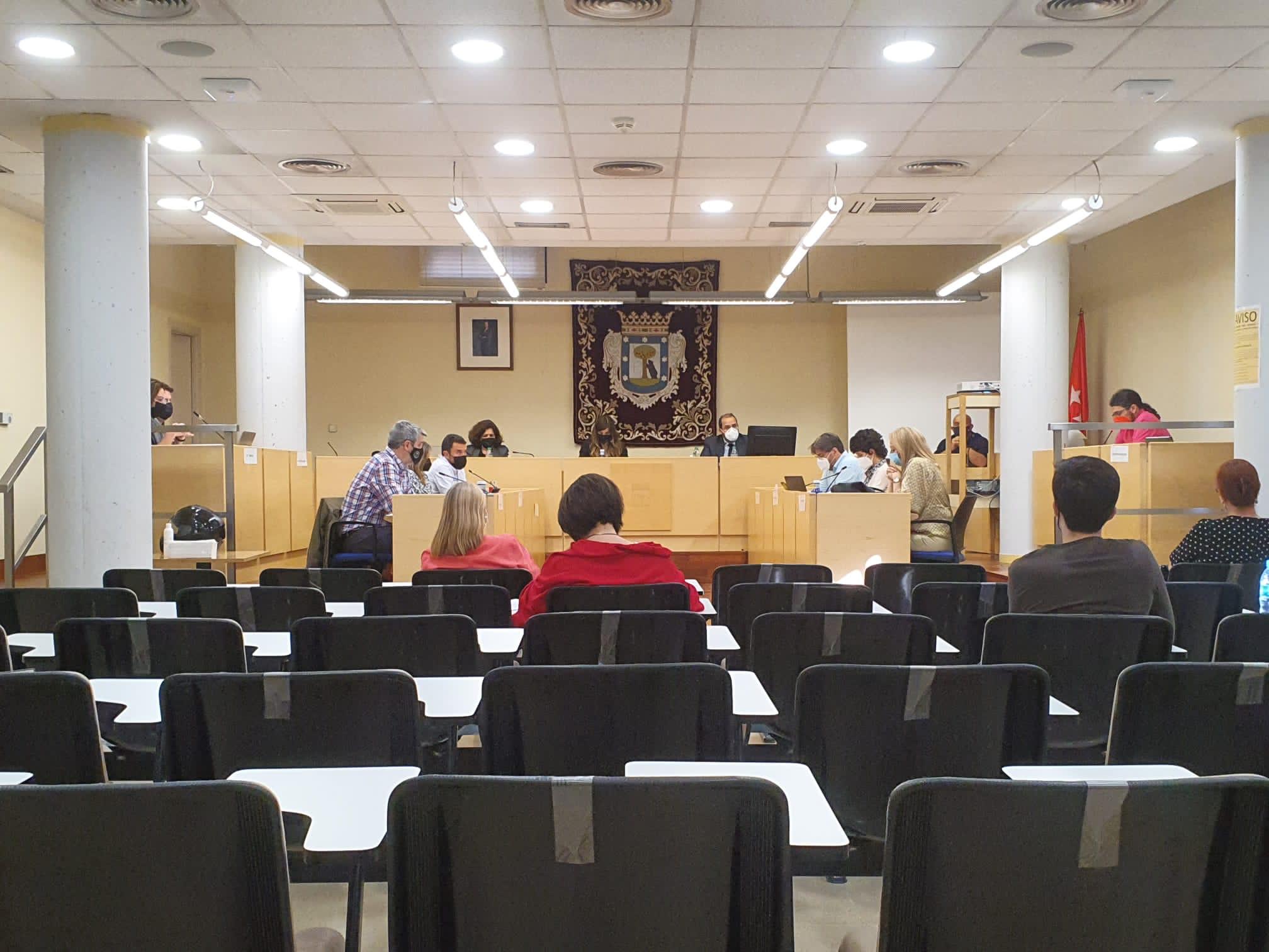 Imagen del Pleno celebrado este martes en Barajas