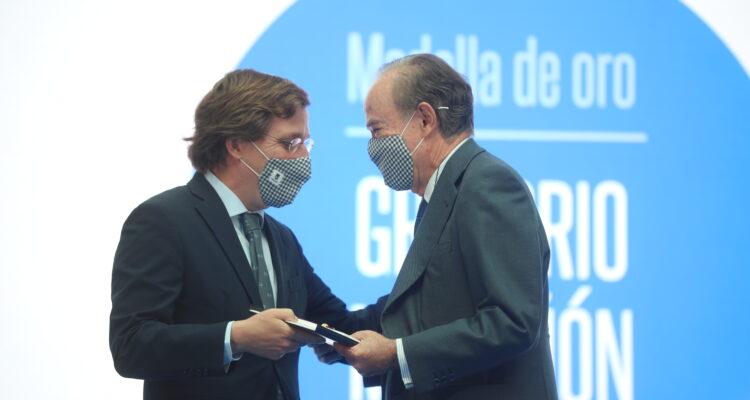 Gregorio Marañón en el acto de entrega de las Medallas de Madrid 2021
