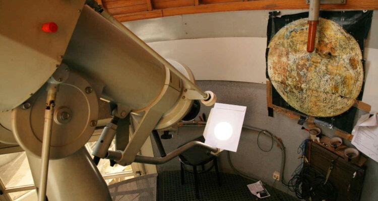 Observatorio del Planetario. Proyección