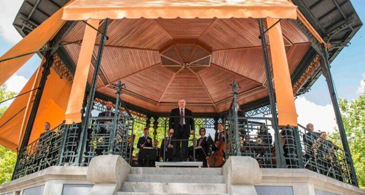 Concierto de la Banda Sinfónica Municipal en el templete de El Retiro (archivo)