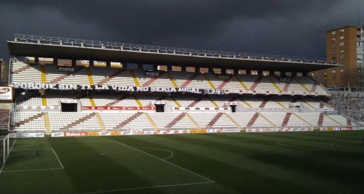 Nuevo estadio de Vallecas . 2011