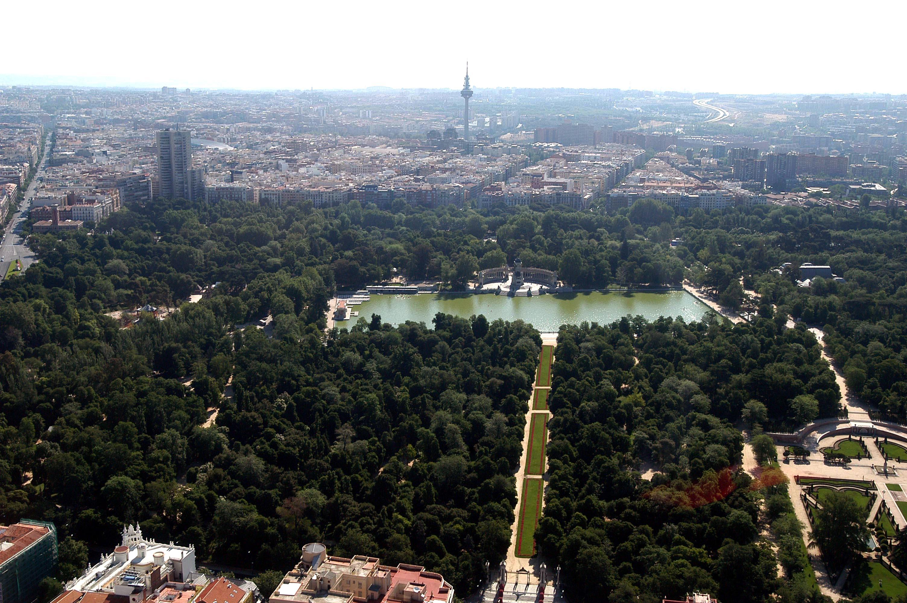 Vista aérea del parque del Retiro.