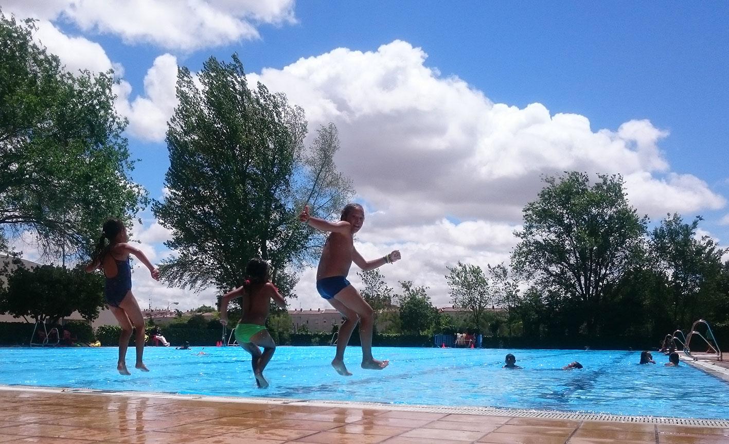 Piscina municipal de Vicálvaro y Escuela Abierta de Verano ICI Cañada